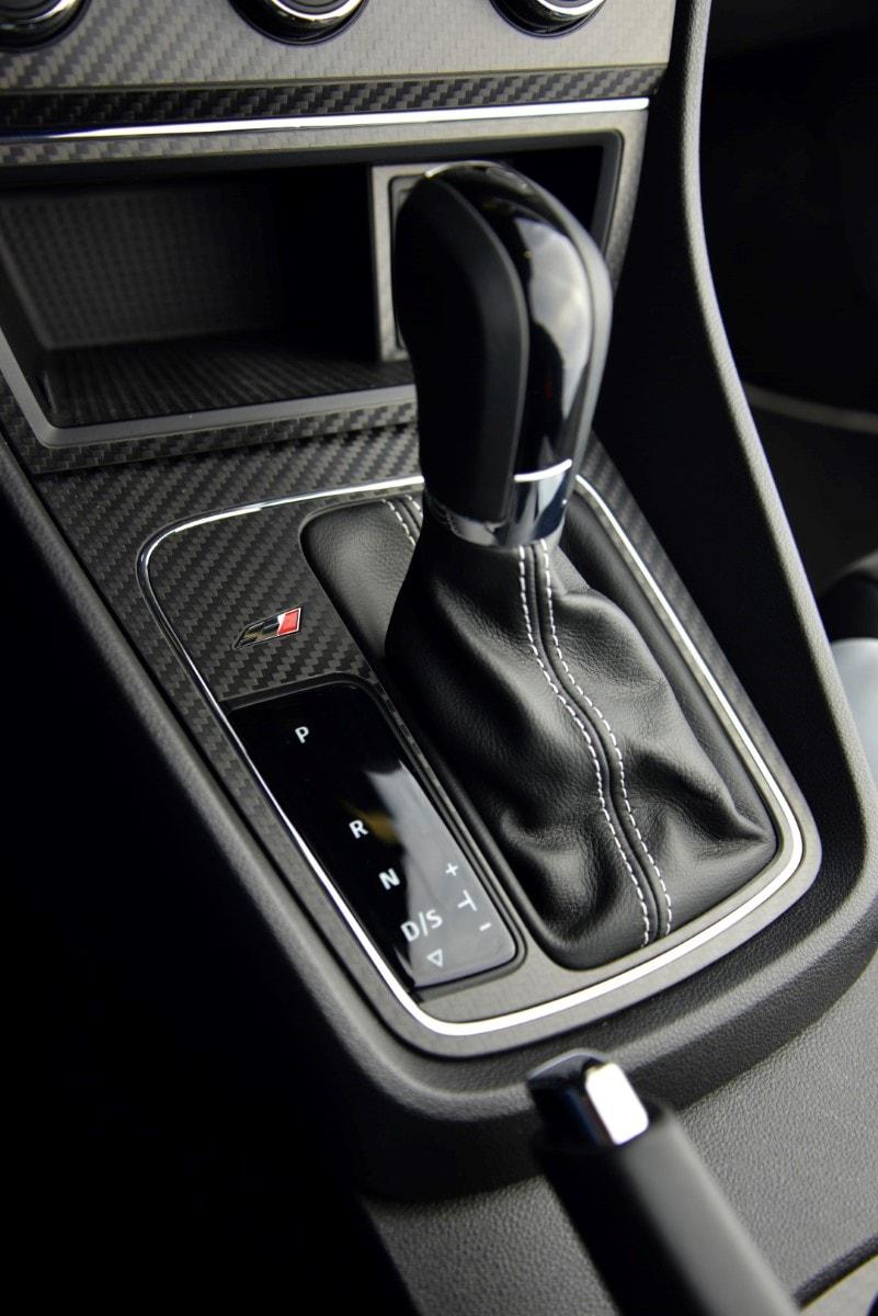 seat leon 5f carbon blende schalthebel seat leon 5f. Black Bedroom Furniture Sets. Home Design Ideas